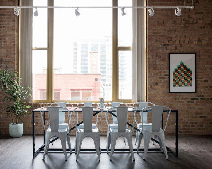 Wygodne i komfortowe nowoczesne krzesła
