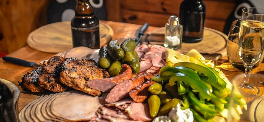 Wyposażenie gastronomiczne – deski do mięsa