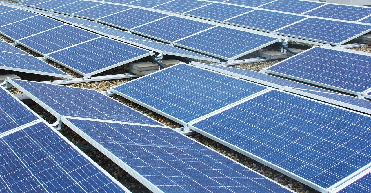 Czy łatwo jest uzyskać kredyt na panele słoneczne?
